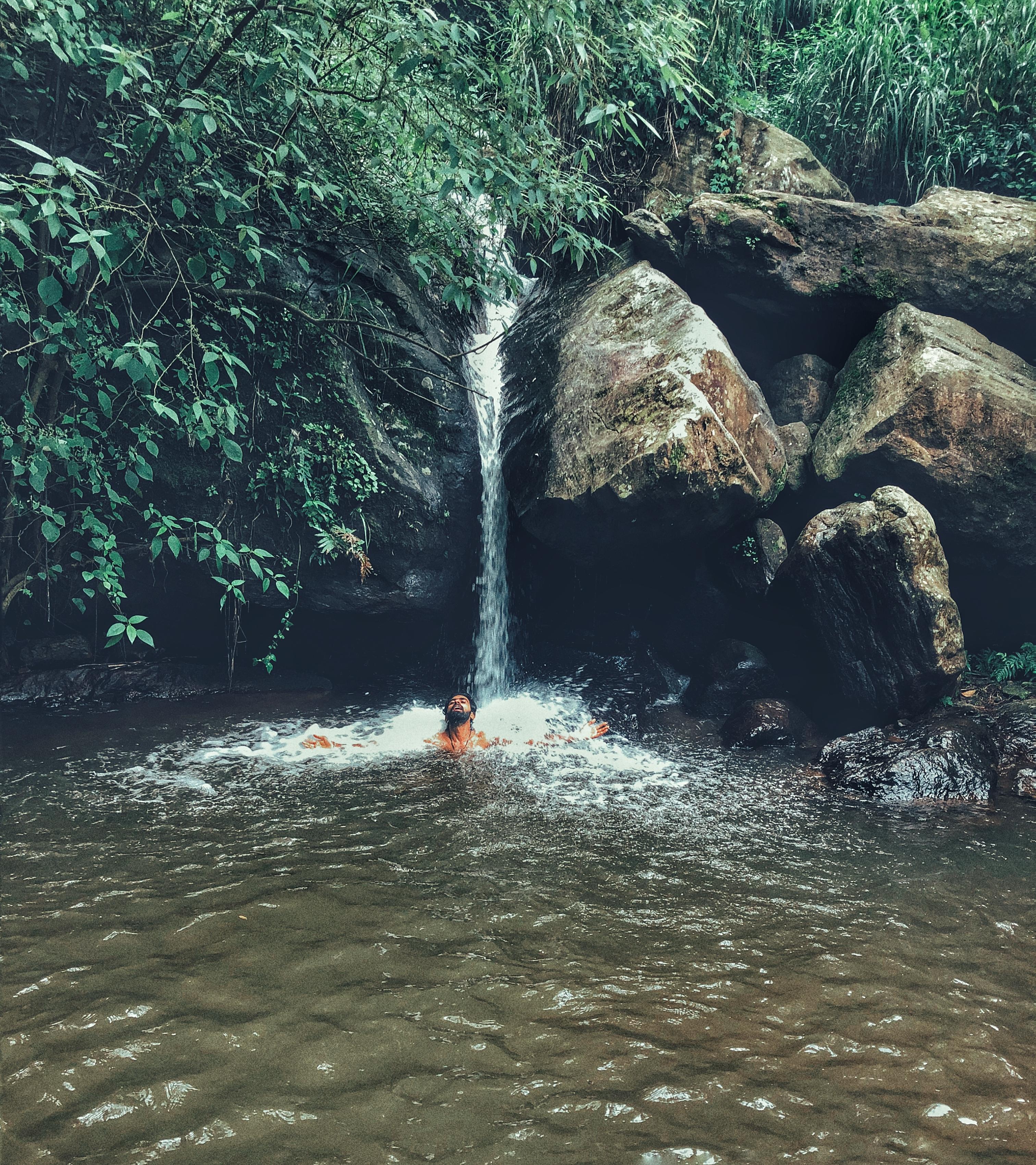 Catherine Waterfalls , Ooty
