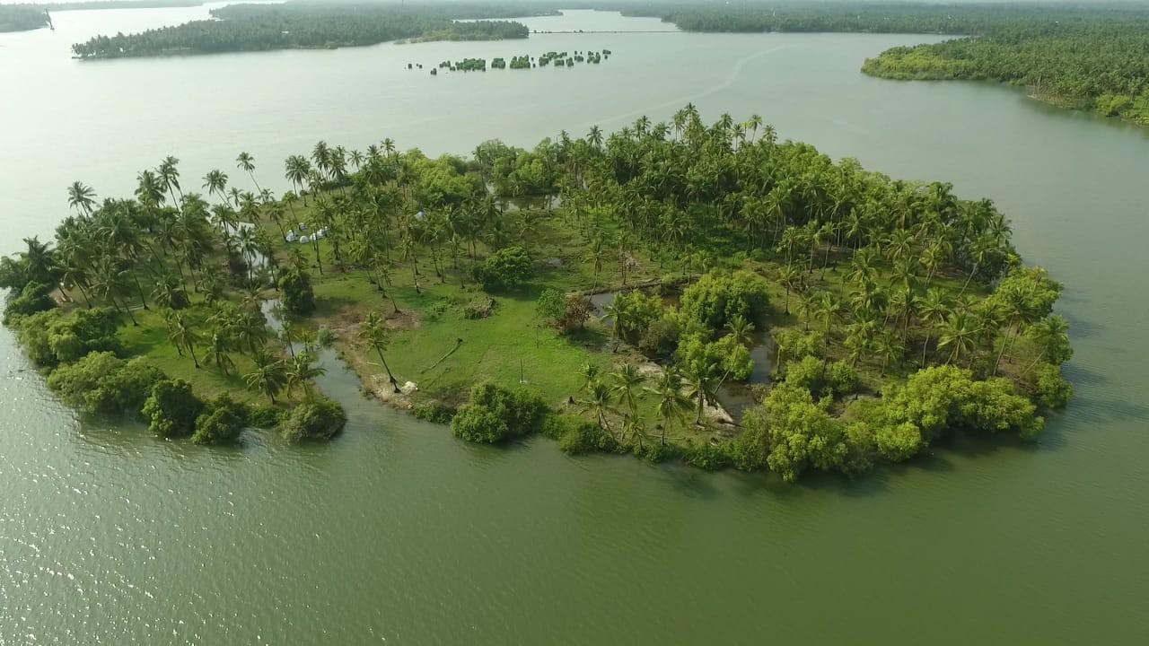 Island Camping Kavvayi