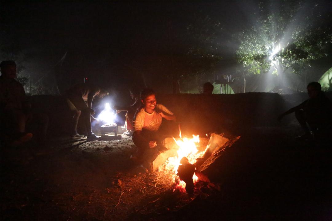 Campfire in Urumbi camping